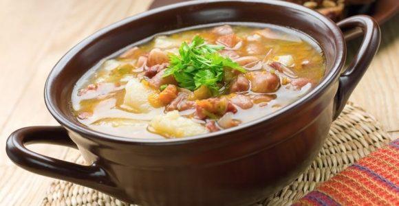 Ma's Bacon Hock Soup - Toitangata